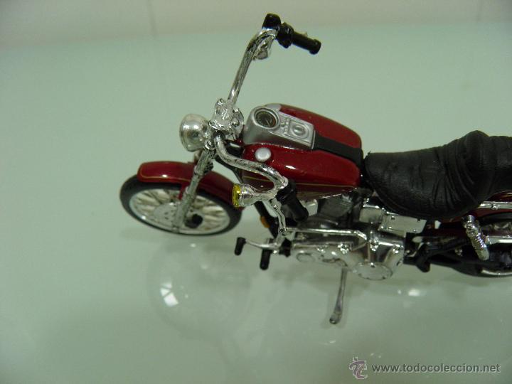 Motos a escala: 15 MOTOS /18, MAISTO, BMW, HARLEY-DAVIDSON, YAMAHA, KAWASAKI, HONDA, DUCATI, PEUGEOT, INDIAN - Foto 17 - 50855092