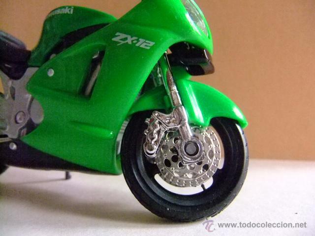 Motos a escala: MOTO KAWASAKI ZX 12 NINJA MAISTO - Foto 3 - 50774218