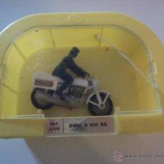 Motos a escala: MOTO POLICIA EN CAJA DE BMW R 100 RS DE LOS AÑOS 70 DE LA CASA MIRA. Lote 51567502