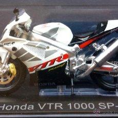 Motos a escala: MOTO A ESCALA METÁLICA HONDA VTR 100 SP-2 RACING SHAWA EN SU ESTUCHE. Lote 53306548