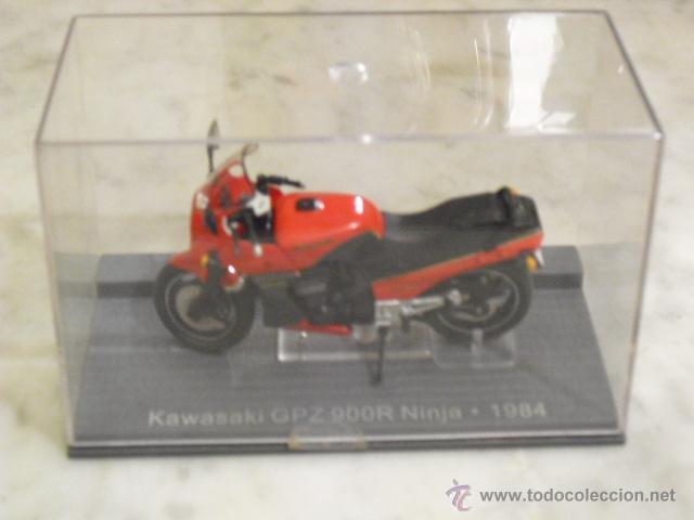 Motos a escala: KAWASAKI GPZ 900R NINJA - 1984 - - Foto 2 - 54452757