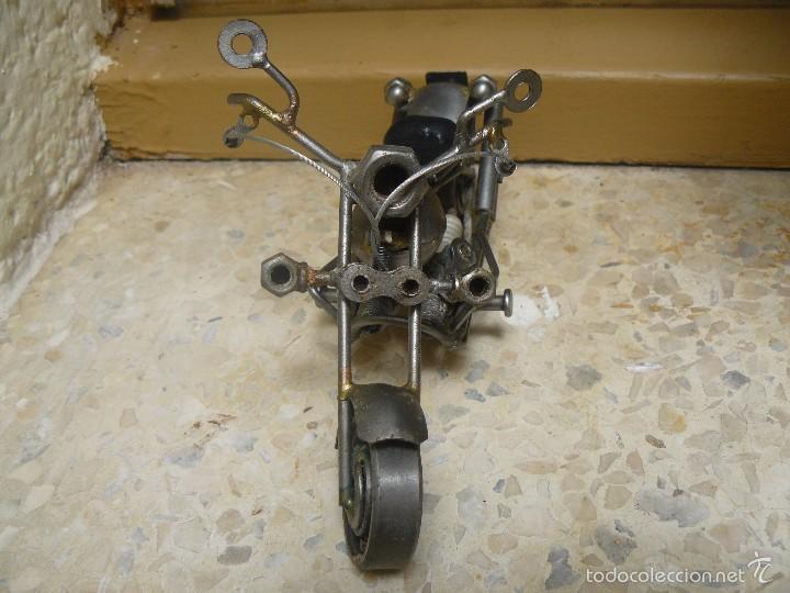 Motos a escala: GRAN MOTOCICLETA DE COLECCIÓN. -. 20 CM. 500 GRAMOS. MOTO DE FABRICACIÓN ARTESANAL. - Foto 3 - 56936086