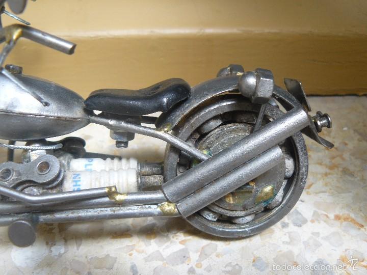 Motos a escala: GRAN MOTOCICLETA DE COLECCIÓN. -. 20 CM. 500 GRAMOS. MOTO DE FABRICACIÓN ARTESANAL. - Foto 5 - 56936086