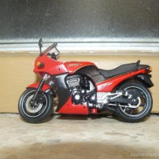 Motos a escala: MOTO A ESCALA KAWASAKI GRZ900R. Lote 56936668