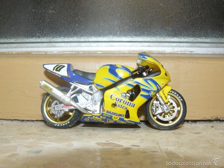 Motos a escala: Moto - Miniatura a escala - Suzuki Corona- Sin Peana - - Foto 2 - 56937259