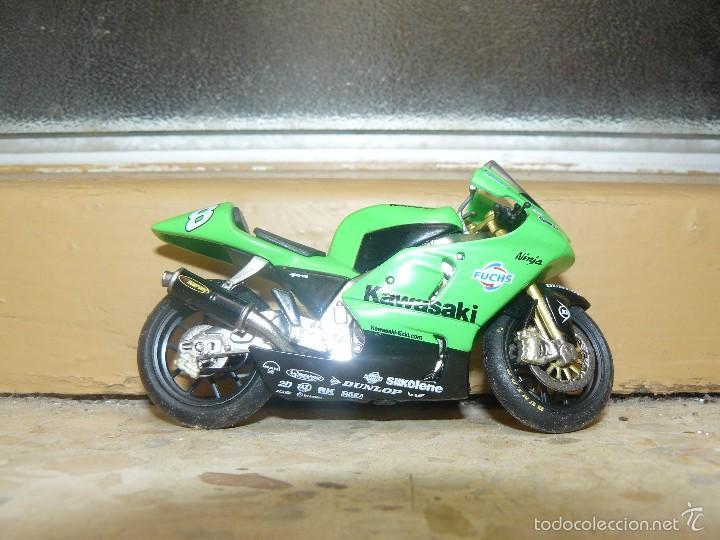 Motos a escala: MOTO A ESCALA KAWASAKI - Foto 2 - 56937331