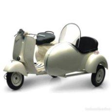 Motos a escala: MOTO VESPA PIAGGIO CON SIDECAR COLOR BLANCO ESCALA 1:6. Lote 63784211