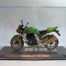 Motos a escala: MOTO KAWASAKI Z1000 ALTAYA 1/24. Lote 67133257