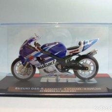 Motos a escala: MOTO SUZUKI GSX-R S.CHAMBON - K.KITAGAWA - W.NOWLAND LE MANS 2004 ALTAYA 1/24. Lote 67146305