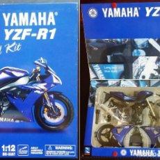Motos a escala: YAMAHA YZF-R1 MOTO MODEL KIT 1:12 NEW-RAY DIE-CAST METÁLICA PARA MONTAR NUEVA. Lote 140362013