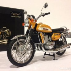 Motos a escala: MINICHAMPS SUZUKI GT 750 J. CLASSIC BIKE SERIES Nº5. Lote 72189035