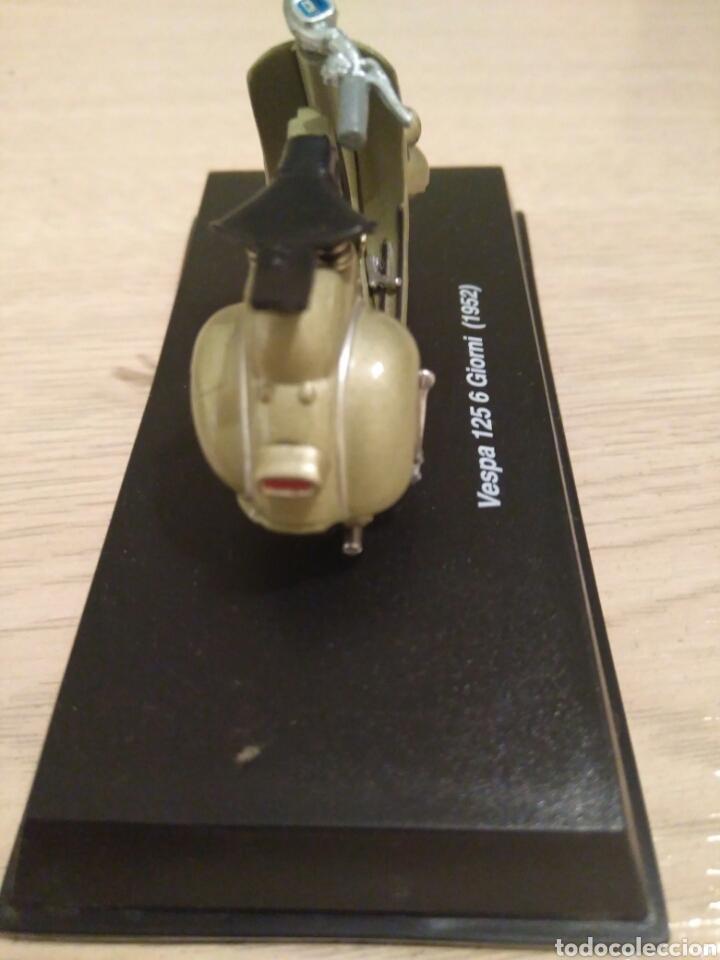 Motos a escala: VESPA 125 6 GIORNI(1952) MARCA NEW RAY. - Foto 4 - 74592625