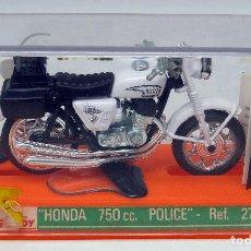 Motos em escala: MOTO HONDA GUILOY 750 CC POLICE REF 277 NUEVA EN CAJA CON CATÁLOGO. Lote 217804775