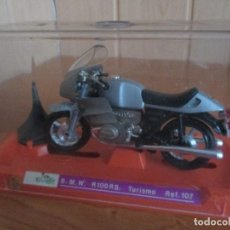Motos a escala: GUILOY: MOTO BMW R100 R.S REF: 107 (ESCALA GRANDE) AÑOS 70. Lote 82822788