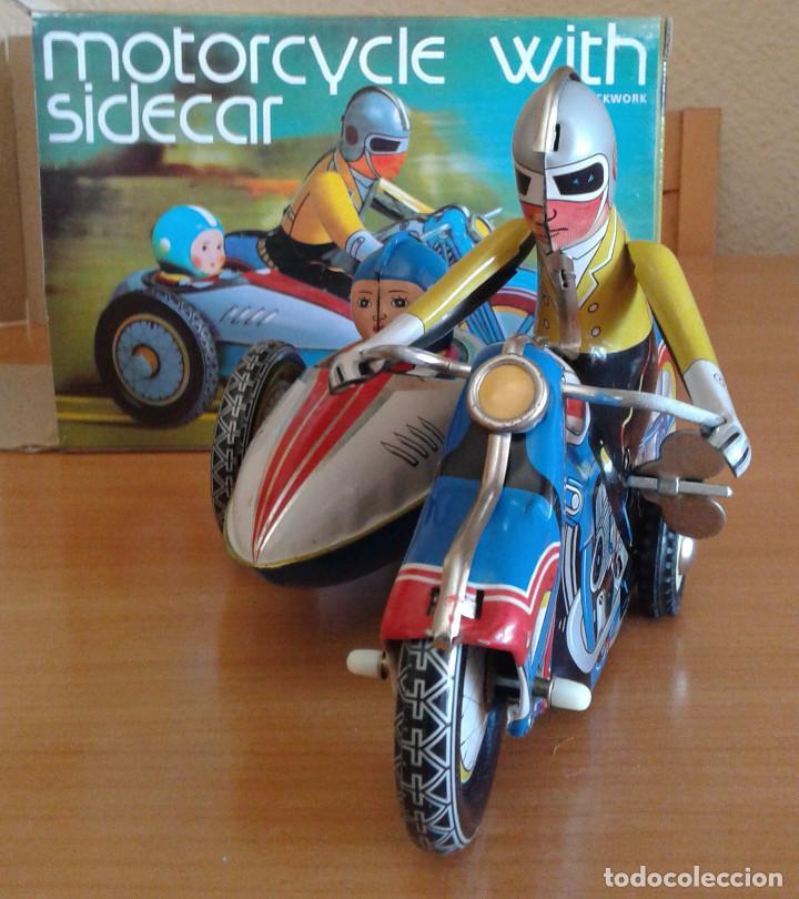 MOTO SIDECAR DE OJALATA--NUEVO (Juguetes - Motos a Escala)