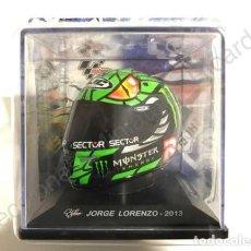 Motos a escala: CASCO GREEN MAMBA HJC RPHA-10 PLUS / INDIANAPOLIS MOTO GP 2013 / JORGE LORENZO (ESCALA 1:5) IXO. Lote 213149590