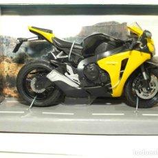 Motos a escala: HONDA CBR 1000 RR ESCALA 1/12 JOYCITY MOTO MINIATURA METAL. Lote 92690922