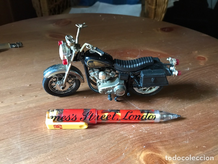 MOTO HARLEY DAVIDSON MARCA GUILOY (Juguetes - Motos a Escala)