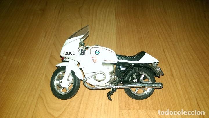 MOTO POLICÍA BMW (Juguetes - Motos a Escala)
