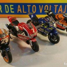 Motos a escala: 4 MOTO GP ESCALA 1/12 TRES HONDAS Y UNA YAMAHA. Lote 100139083