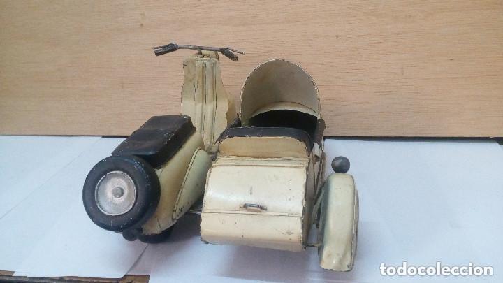 Motos a escala: ANTIGUA Y GRANDE MOTO CON SIDECAR METALICA APROX 1940 OBRA DE ARTE - Foto 4 - 101675095