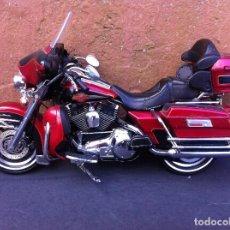 Motos a escala: MOTO A ESCALA (HARLEY DAVIDSON ULTRA CLASSIC) 2006. CM DE LARGO: 20CM.. Lote 103833791