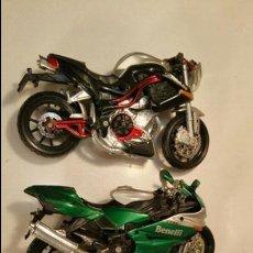 Motos a escala: 3 MOTOS 1/18 DOS BURAGOS BENELLI TITANIUM Y SUZUKI RGSX UNA MAISTO BENELLI 1130. Lote 104286875