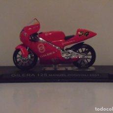 Motos a escala: GILERA 125 MANUEL POGGIALI 2001. Lote 104928099