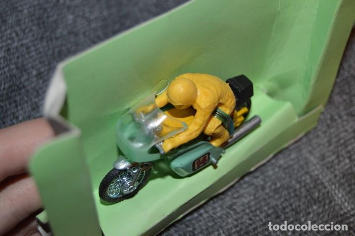 Motos a escala: ANTIGUA MOTO YAMAHA - GUILOY SERIE PULGA - EN CAJA ORIGINAL - DIE CAST - REF. 175000 - VINTAGE - Foto 4 - 107745659