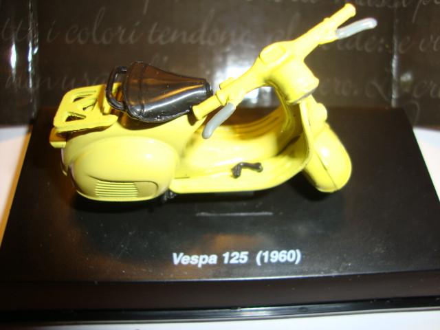 MOTO VESPA MOTOCICLETA VESPA DE COLECCIÓN (Juguetes - Motos a Escala)