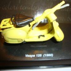 Motos a escala: MOTO VESPA MOTOCICLETA VESPA DE COLECCIÓN. Lote 33489027
