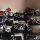 Motos a escala: 11 MOTOS HARLEY DAVIDSON DE MAISTO 1/18. Lote 109230730