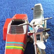 Motos a escala: GUILOY MOTO CON SIDECAR - HONDA CA 900 - AÑOS 70. Lote 112174891