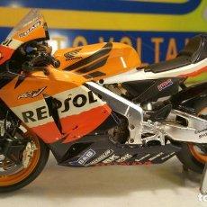 Motos a escala: ESCALA 1.12 MOTO GP HONDA HRC REPSOL - PEDROSA. Lote 112244247