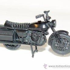 Motos a escala: MAQUETA MOTO GUZZI V 1000 YOGURES CHAMBURCY -SE VENDE DESMONTADA- -REFHAULDEPUEMGRALF. Lote 112931043