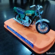 Motos a escala: MOTO SANGLAS 400Y DE GUILOY -ESCALA 1:24-. Lote 115911503