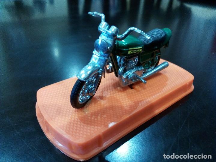 Motos a escala: MOTO SANGLAS 400Y de GUILOY -ESCALA 1:24- - Foto 3 - 115911503