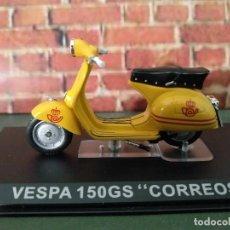 Motos a escala: VESPA 150 GS CORREOS ALTAYA, NUEVO, ESCALA 1/24. Lote 187393680