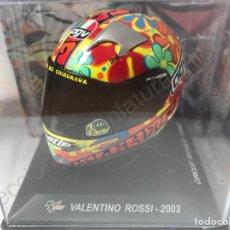 Motos a escala: CASCO VALENTINO ROSSI #46 MOTO GP 2003 - CHESTE - VALENCIA - ESPAÑA. (ESCALA 1:5) DECO AUSTIN POWERS. Lote 205185752