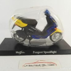 Motos a escala: PEUGEOT SPEEDFIGHT MAISTO ESCALA 1:18. Lote 121142851