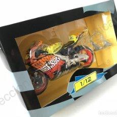 Motos a escala: MOTO GP HONDA RC211V (1:12) V. ROSSI - MOTOS, CIRCUITO DE VALENCIA, CHESTE, MOTOGP, VALENTINO ROSSI. Lote 121433843