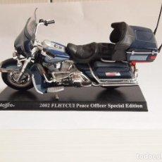 Motos a escala: MOTO HARLEY DAVIDSON. FLHTCUI PEACE OFFICER SPECIAL EDITION. MAISTO 2002. CON DEFECTO. Lote 121957391