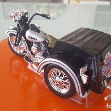 Motos a escala: MOTO HARLEY DAVIDSON SERVI-CAR - MAISTO. Lote 123129143