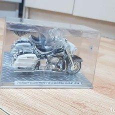 Motos a escala: HARLEY DAVIDSON FLH ELECTRA GLIDE 1970. Lote 132994738