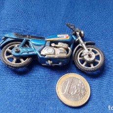 Motos a escala: MOTO METALICA - SUZUKI A ESCALA. Lote 136382610