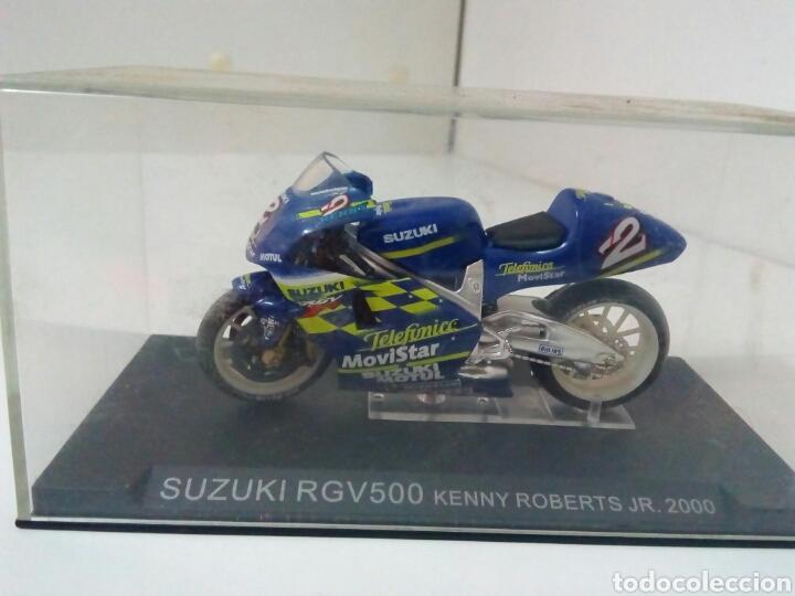 SUZUKI RGV 500 KENNY ROBERTS JR (Juguetes - Motos a Escala)