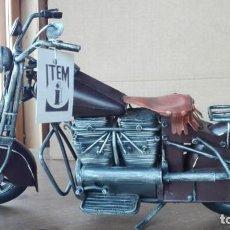 Motos a escala: PRECIOSA MOTO A ESCALA. DE METAL. Lote 138096190