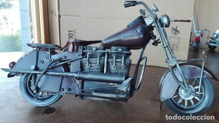 Motos a escala: Preciosa Moto a escala. De metal - Foto 2 - 138096190