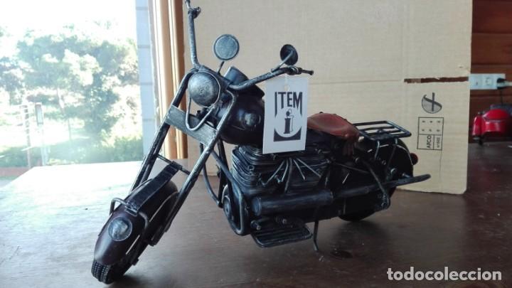 Motos a escala: Preciosa Moto a escala. De metal - Foto 4 - 138096190