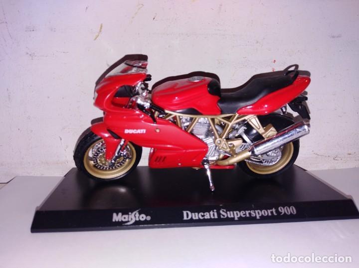MOTO A ESCALA MAISTO CON PEANA DUCATI SUPERSPORT 900 (Juguetes - Motos a Escala)